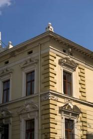 Prosp. Svobody, 12. The southwestern corner of the building