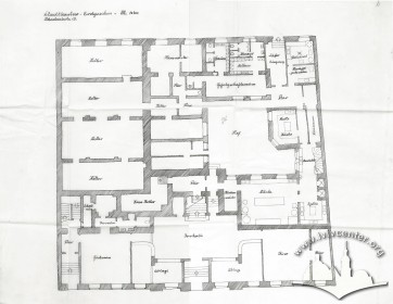 План 1-го поверху. Одне із збережених креслень періоду німецької окупації що свідчить про наміри ґрунтовного перепланування будинку. 1941-1942 рр.