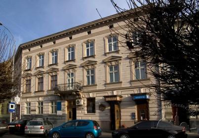 Prosp. Shevchenka, 11. The principal facade