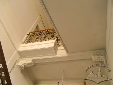 Prosp. Shevchenka, 21. Interior of the main staircase