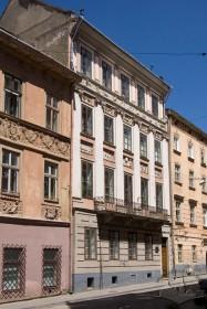 Вул. Вірменська, 23. Головний фасад будинку. Вигляд з заходу