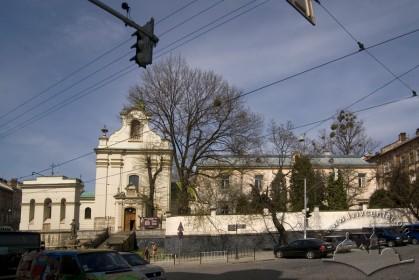 Вул. Личаківська, 49 і 49а. Будинок костелу св. Антонія і кол. парафіяльний дім