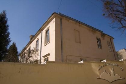 Вул. Личаківська, 49. Вид з вул. Малої