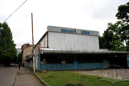 Вул. Шептицьких, 45. Вигляд з північного заходу