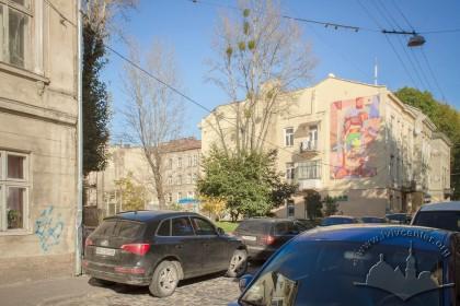 """Вул. Сянська. Вільна ділянка між будинками де до 1941 року розміщувалися Бейт Гамідраш та синагога товариства """"Бейт Лехем"""""""