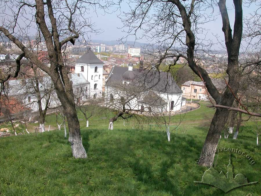 Vul. Khmelnytskoho, 36. A view of the convent from the Vysokyi Zamok (