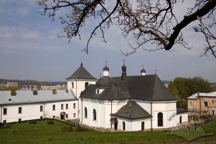 Vul. Khmelnytskoho, 36. A view of the convent from the southeast/Photo courtesy of Ihor Zhuk, 2010