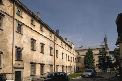 Pl. Soborna, 3. A view from the southeast (from the courtyard)