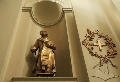 Pl. Muzeina, 3. En example of the church's interior Baroque sculpture
