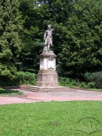 Стрийський парк, пам'ятник Яну Кілінському.