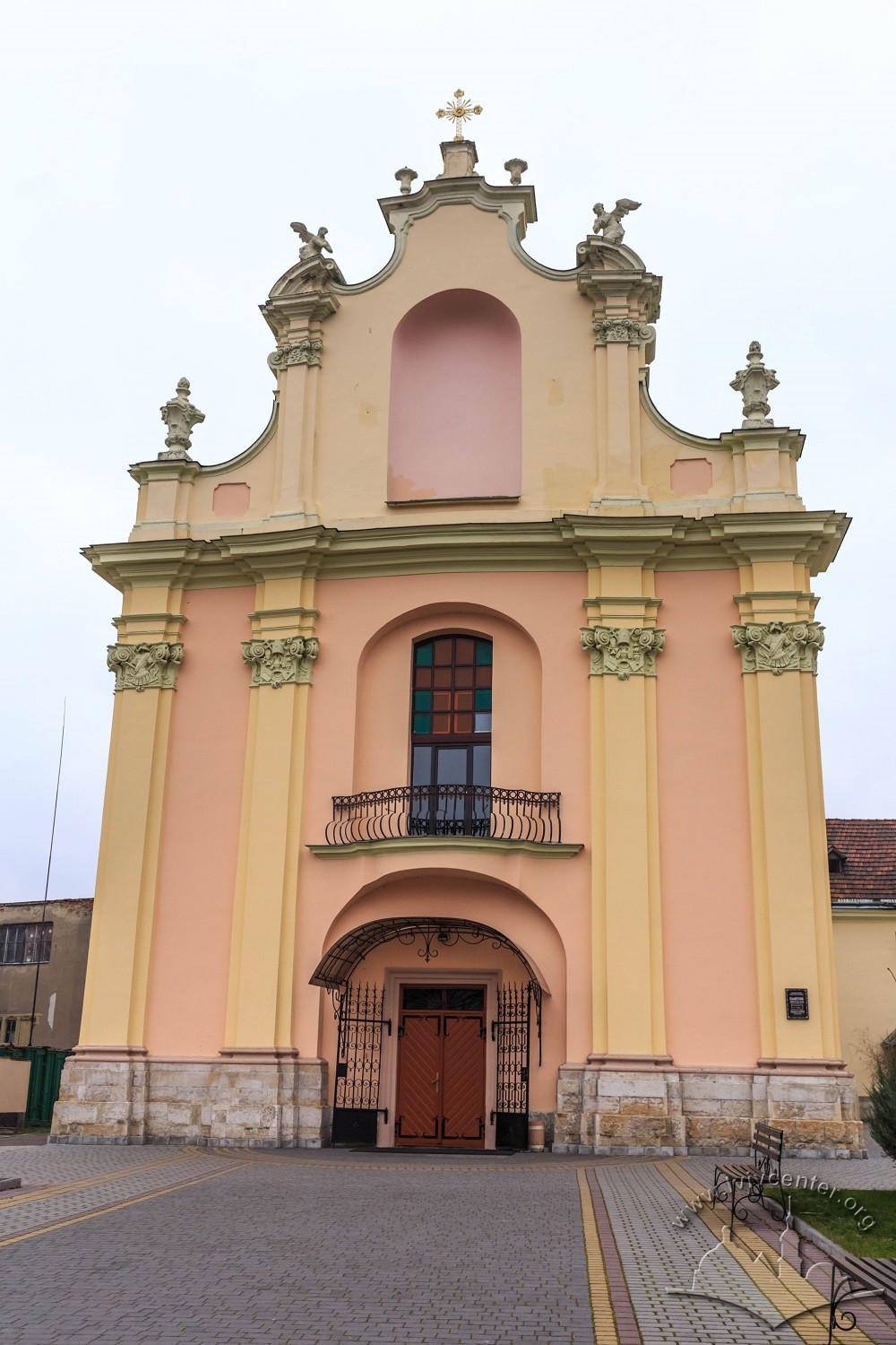Vul. Zhovkivska, 8. The western facade of the church, now a prayer hall building/Photo courtesy of Nazarii Parkhomyk, 2015