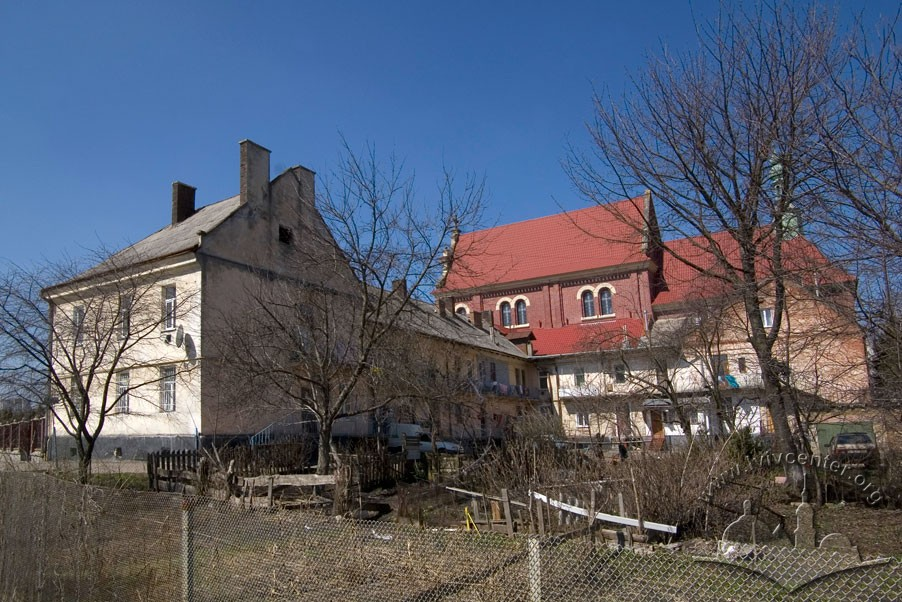Vul. Zamarstynivska, 134. A view from the southeast/Photo courtesy of Ihor Zhuk, 2013