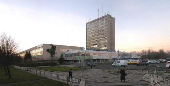 Vul. V. Velykoho, 2. View of the plant from the intersection of Stryyskoi and Volodymyra Velykoho Streets