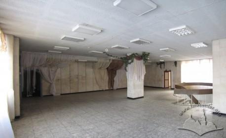 Вул. В. Великого, 2. Хол на другому поверсі видавничо-редакційного корпусу