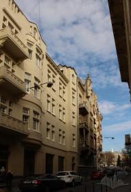 Просп. Шевченка, 27. Фрагмент будинку, вигляд з вул. Герцена