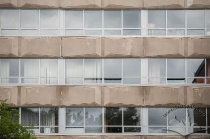 Vul. Karpinskoho, 6. Academic building #2. A detail of its rear facade