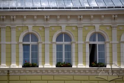 Prosp. Shevchenka, 9. The 3rd floor windows