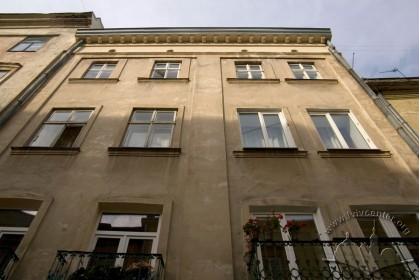 Вул. Вірменська, 15. Фрагмент головного фасаду (рівень 2-4 пов.)