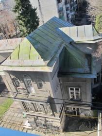 Вул. Генерала Чупринки, 96. Вигляд з будинку, розташованого з південного сходу