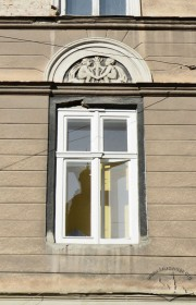 Вул. Краківська, 34. Зразок вікна 2-го поверху