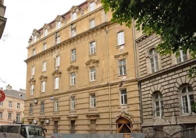 Вул. Січових стрільців, 14. Фасад з боку вул. Костюшка