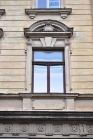 Vul. Sichovykh Striltsiv, 16. A 3rd floor window