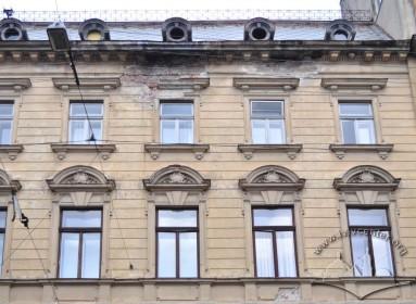 Vul. Sichovykh Striltsiv, 16.