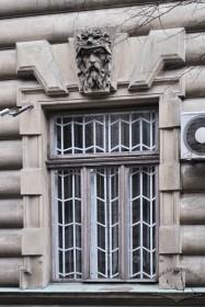 Vul. Sichovykh Striltsiv, 16. A ground floor window