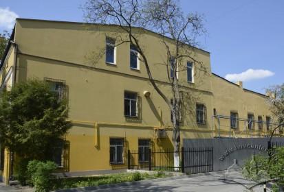 Вул. Пекарська, 61. Східний фасад