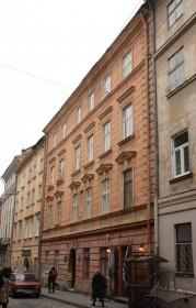 Vul. Virmenska, 27. The building's principal facade