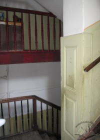 Vul. Virmenska, 27. The main staircase, the design of the stairs comes from early 19th century