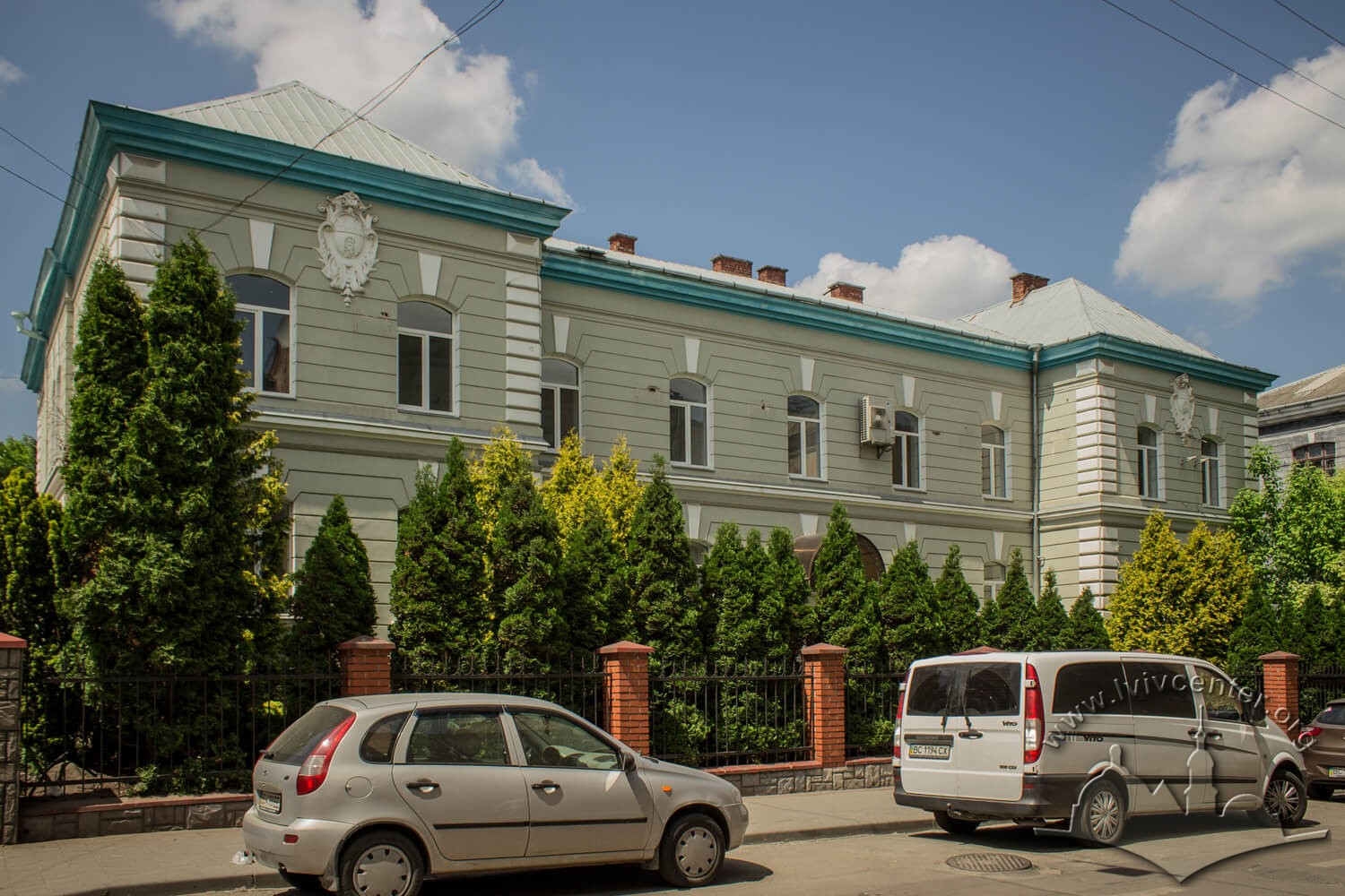 Vul. Henerala Hrekova, 3. In this building (or in #5) during interwar period, the city epidemiological hospital was located/Photo courtesy of Olha Zarechnyuk, 2016