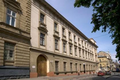 Вул. Словацького, 1. Бічний фасад з боку вул. Коперника
