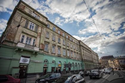 Vul. Lesi Ukrainky, 1. Northern facade