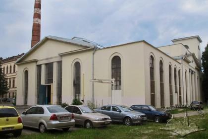 Вул. Устияновича, 5. Вигляд будинку з південного сходу