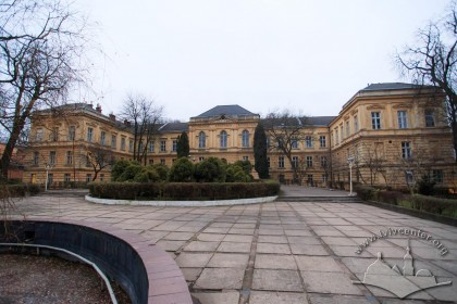 Vul. Pekarska, 52. Central building of the Medical University's architectural ensemble, the Anatomy Building