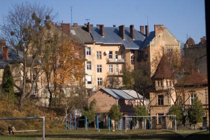 Вул. Котляревського, 23. Вид на тильний фасад (вигляд з вул. Романицького)