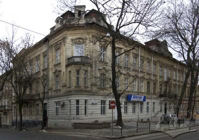 Вул. Нечуя-Левицького, 23. Загальний вигляд будинку з півночі