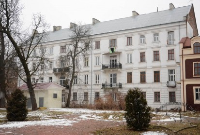 Vul. Stefanyka, 11. Rear facade of the building as seen from the courtyard of the Potocki Palace