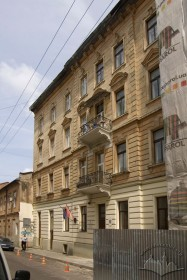 Prosp. Shevchenka, 26. The rear facade/ view from vul. Voloshyna