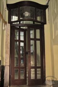 Vul. Halytska, 21. Doors leading to the principal staircase