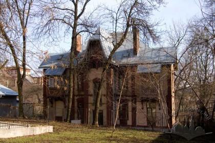 Вул. Нечуя-Левицького, 20. Північно-західний фасад