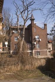 Вул. Котляревського, 47. Бічний фасад (вигляд з південного заходу)