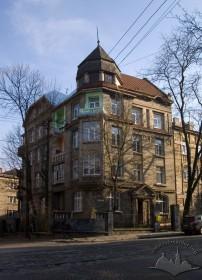 Вул. Котляревського, 15. Загальний вигляд будинку