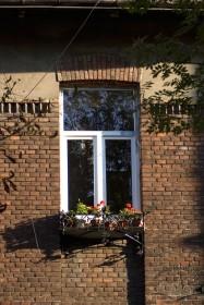 Вул. Котляревського, 41. Вікно 2-го поверху