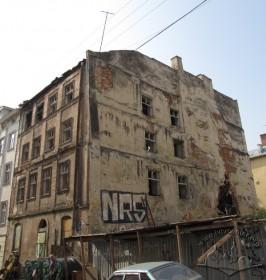 Вул. Федорова, 28. Руїни будинку, вигляд з північно-східного боку