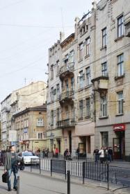 Вул. Дорошенка, 15. Північний фасад (вигляд з вул. Дорошенка)