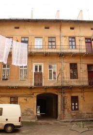 Вул. Личаківська, 3. Фрагмент тильного фасаду