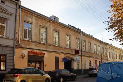 Вул. Левицького, 4. Головний фасаду будинку
