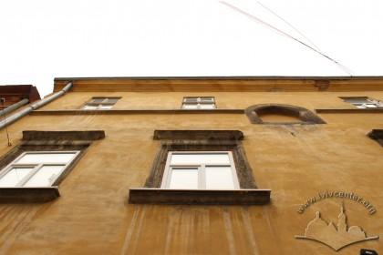 Vul. Virmenska, 35. The principal facade
